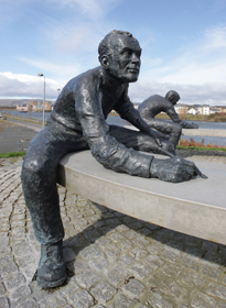 The Writers, by David Annand at Clyde View Park in Renfrew Riverside